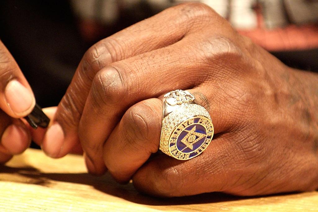 shaq freemason ring