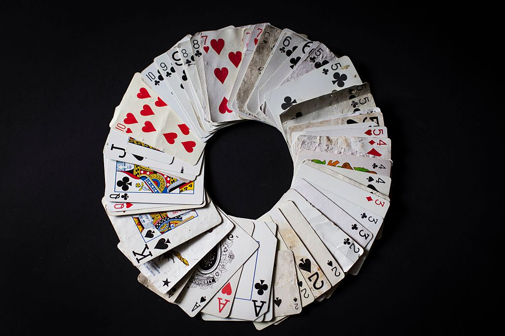 a deck of cards shaped into a circle