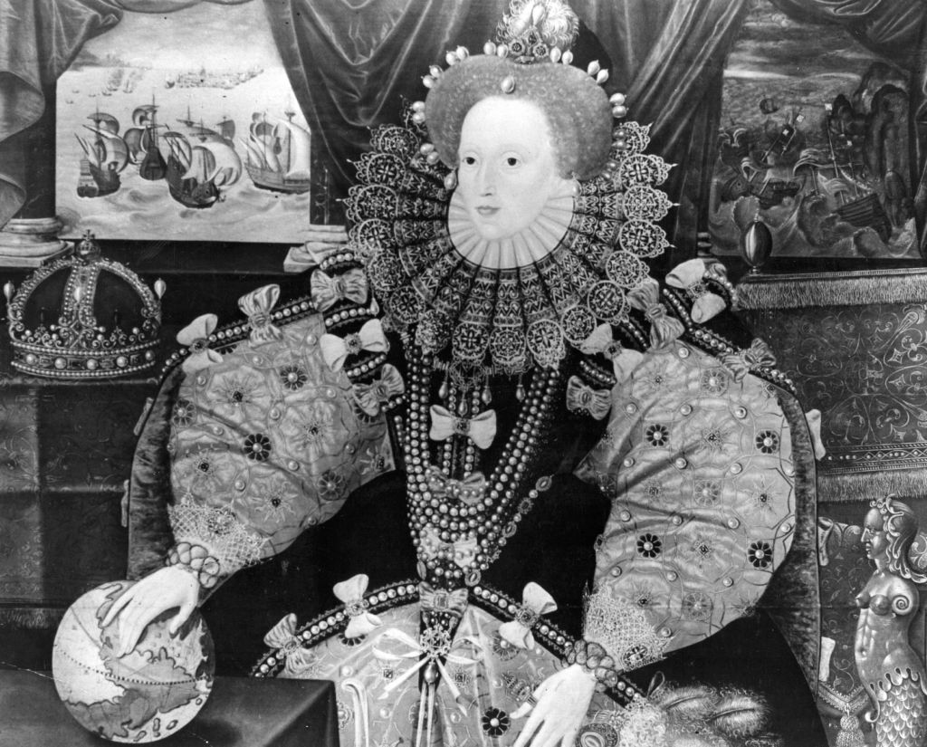 queen elizabeth i depictued in a painting