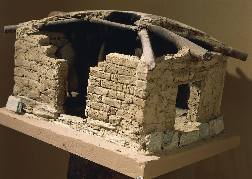 Reconstruction of urban dwelling