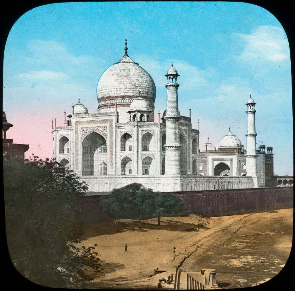 Taj Mahal, Agra, Uttar Pradesh, India, late 19th or early 20th century.