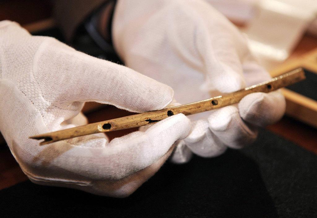 Prehistoric flute