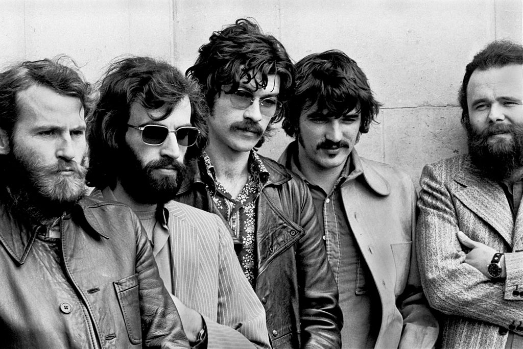 (L-R) Levon Helm, Richard Manuel, Robbie Robertson, Rick Danko and Garth Hudson of The Band pose for a group portrait