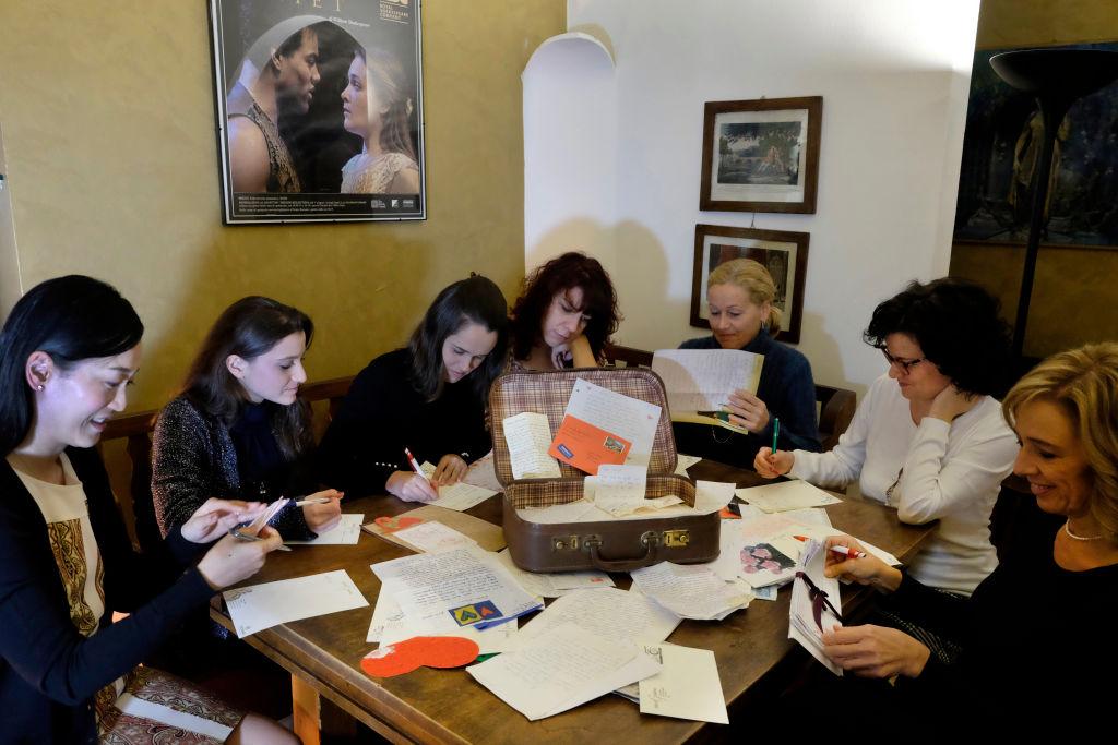 Volunteers read cards sent to Juliet.