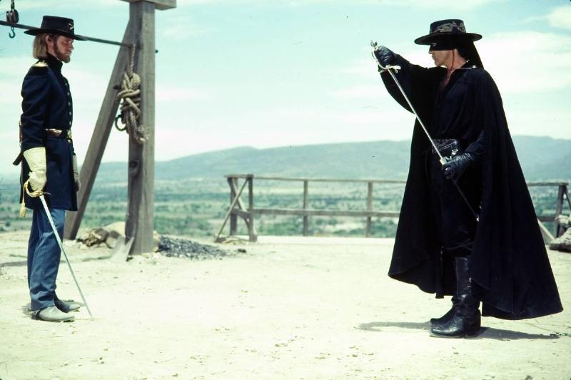 Antonio Banderas with sword