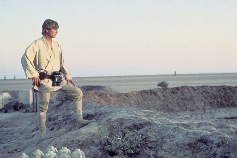 mark hamill dressed as luke skywalker in star wars