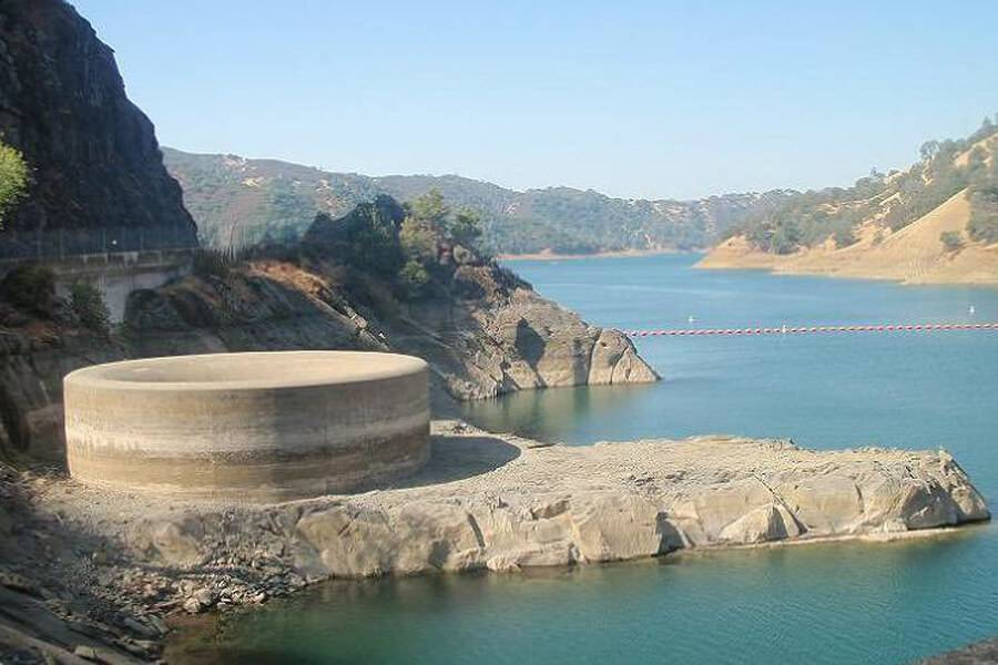 dry-month-at-lake-berryessa-30248