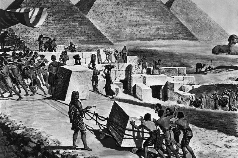 Egyptian-Pyramids-517350594-27505
